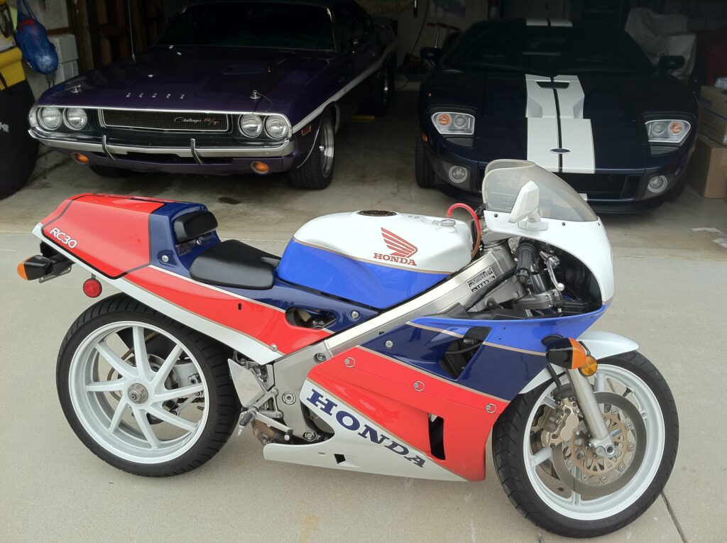 Honda RC30 by cars